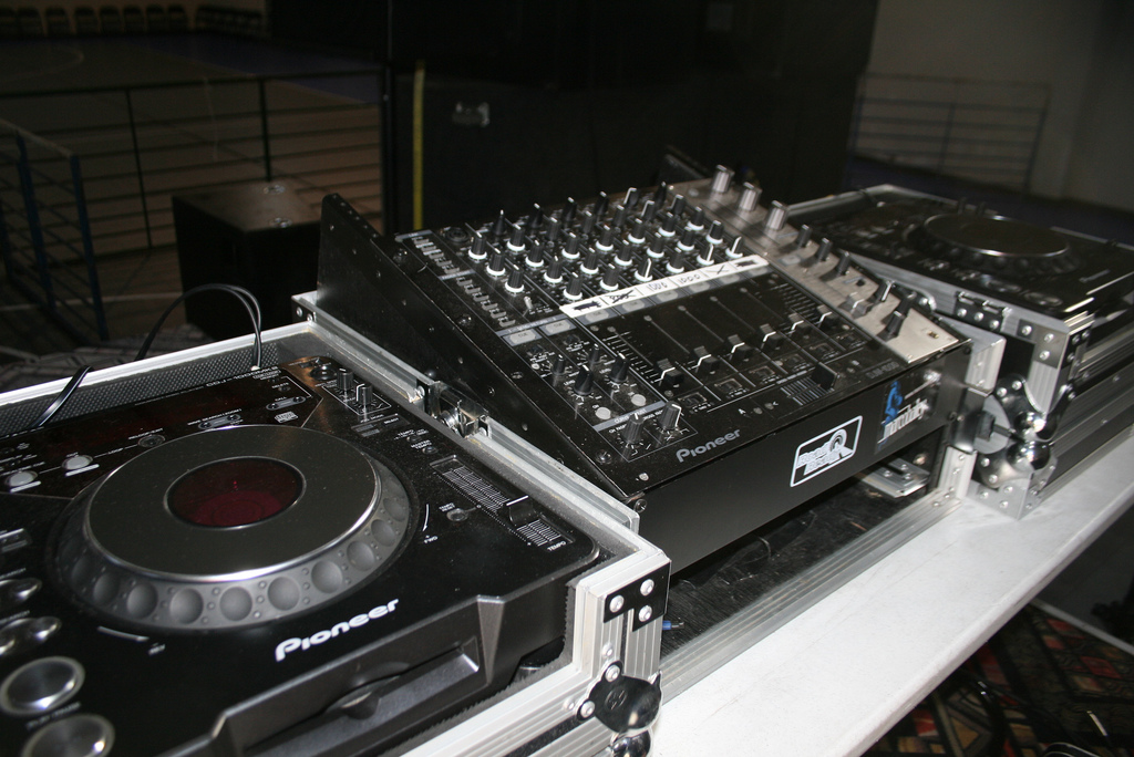 Stage Lights And Sound Rentals Amp Production Services Dj